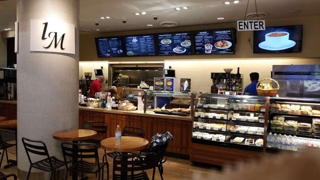 la Madeleine Country French Cafe - cafe  | Photo 1 of 10 | Address: 4140-4204 E Sky Harbor Blvd, Phoenix, AZ 85034, USA | Phone: (602) 275-6582