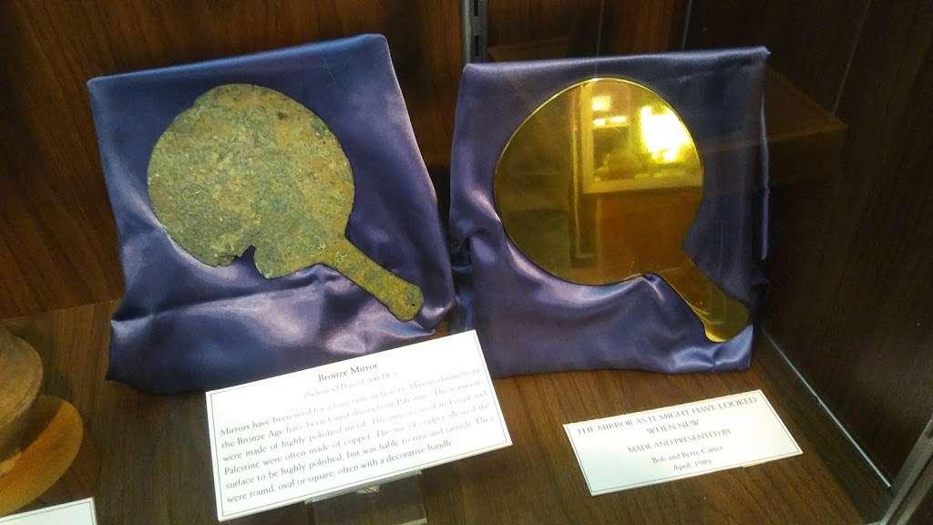 Jeeninga Museum - museum  | Photo 3 of 5 | Address: 1123 Anderson University Blvd, Anderson, IN 46012, USA | Phone: (765) 641-4526