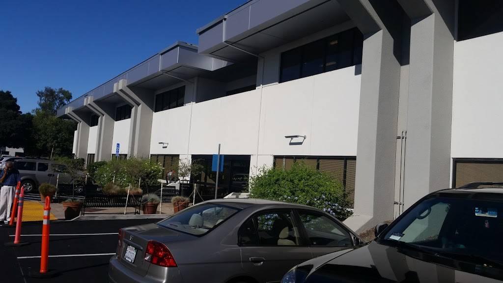 Kaiser Permanente Campbell Medical Offices - hospital  | Photo 4 of 8 | Address: 220 E Hacienda Ave, Campbell, CA 95008, USA | Phone: (408) 871-6500