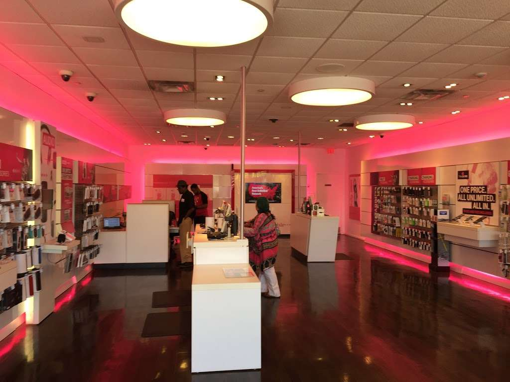 T-Mobile - electronics store  | Photo 1 of 10 | Address: 255 Monmouth St, Jersey City, NJ 07302, USA | Phone: (201) 332-7450