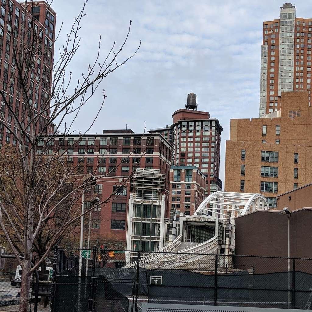 BMCC Tribeca Performing Arts Center - university  | Photo 10 of 10 | Address: 199 Chambers St, New York, NY 10007, USA | Phone: (833) 733-4232