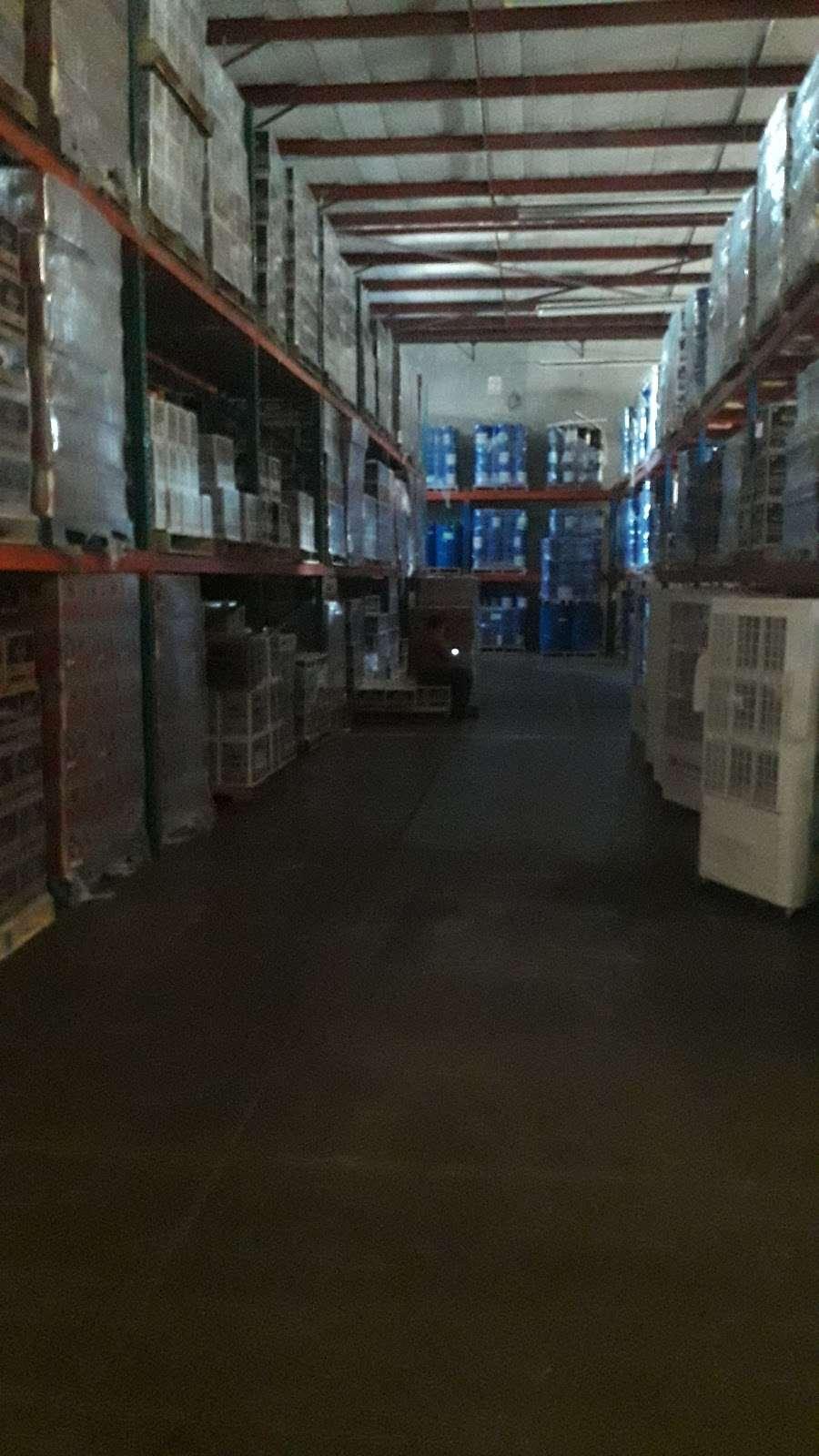 Ponce Distribuciones - storage  | Photo 6 of 7 | Address: Baños de Agua Caliente 3820, 20 de Noviembre, 22100 Tijuana, B.C., Mexico | Phone: 664 622 3046