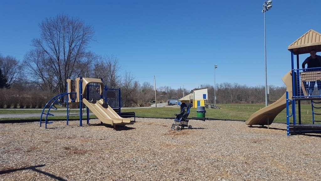 Mayfield Park - park  | Photo 10 of 10 | Address: 2826 Mayfield Dr, Dover, PA 17315, USA | Phone: (717) 292-3634
