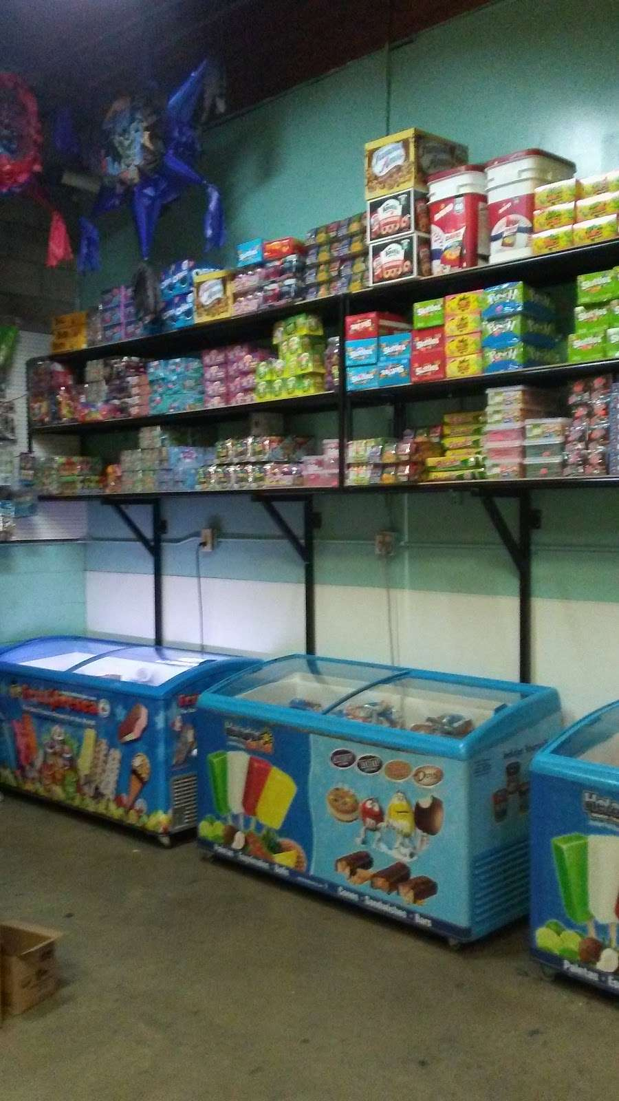 Paleteria Hidalgo - store    Photo 5 of 10   Address: 16565 Orange Way # I, Fontana, CA 92335, USA   Phone: (909) 350-4130