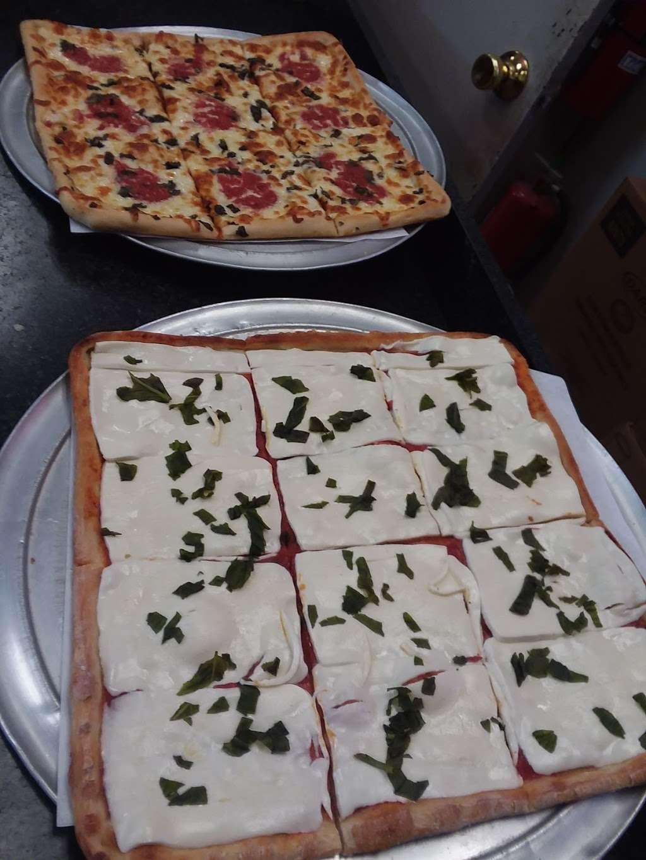 Hometown Deli & Pizzeria - restaurant  | Photo 10 of 10 | Address: 812 NY-52, Fishkill, NY 12524, USA | Phone: (845) 896-9730
