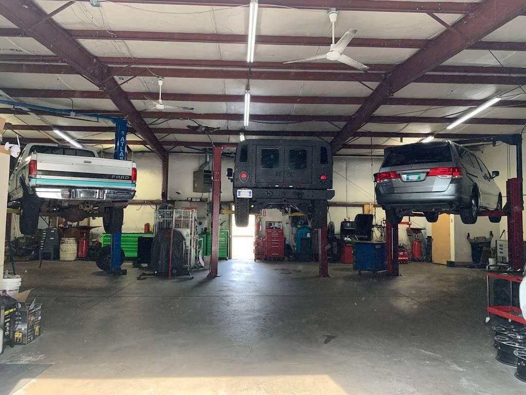 GARMON AUTO LLC - car repair  | Photo 5 of 8 | Address: 2010 Airport Industrial Park Dr SE C, Marietta, GA 30060, USA | Phone: (404) 428-6716