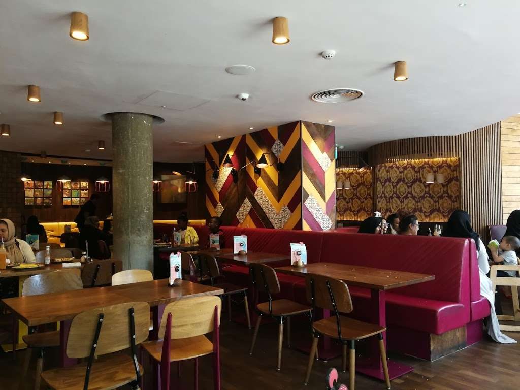 Nandos - meal takeaway  | Photo 5 of 10 | Address: 9-25 Mile End Rd, London E1 4TW, UK | Phone: 020 7791 2720