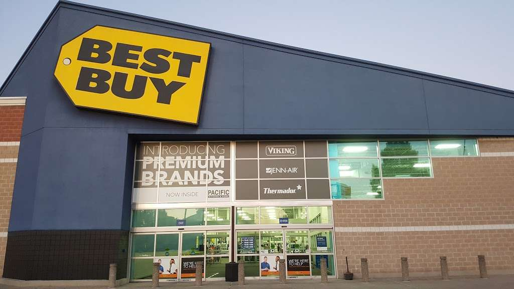 Best Buy - electronics store  | Photo 10 of 10 | Address: 925 Paterson Plank Rd, Secaucus, NJ 07094, USA | Phone: (201) 325-2277