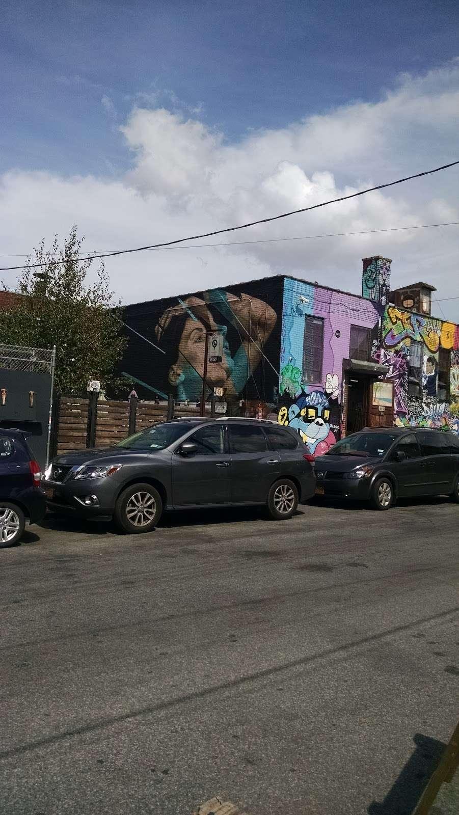Nooklyn - real estate agency  | Photo 9 of 10 | Address: 28 Scott Ave #106, Brooklyn, NY 11237, USA | Phone: (347) 318-3595
