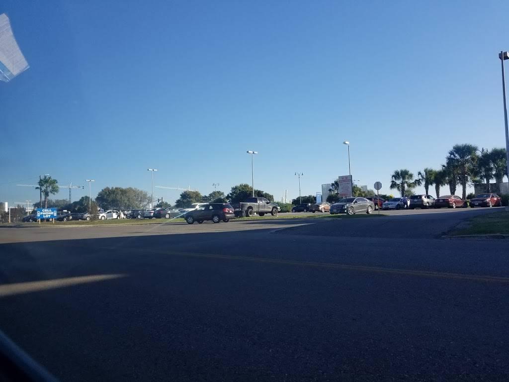 Cell Phone Waiting Lot - parking  | Photo 2 of 8 | Address: Airport Blvd, San Antonio, TX 78216, USA | Phone: (210) 207-3433
