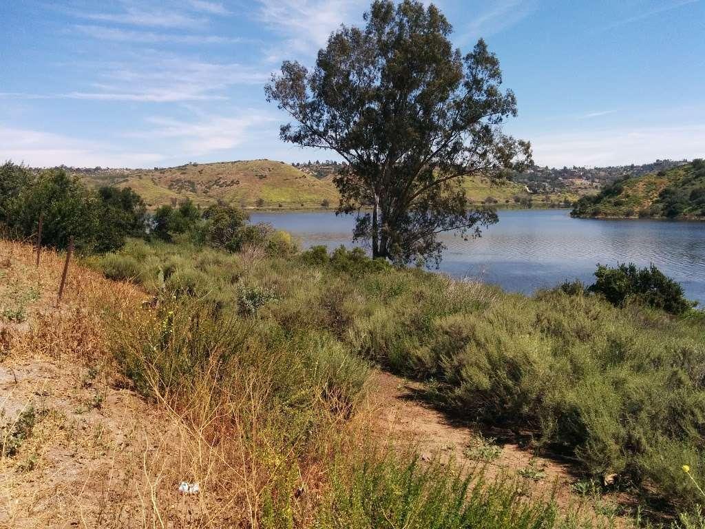 Lake Hodges Water Recreation Area - park  | Photo 9 of 10 | Address: Lake Dr, Escondido, CA 92033, USA | Phone: (760) 432-2023