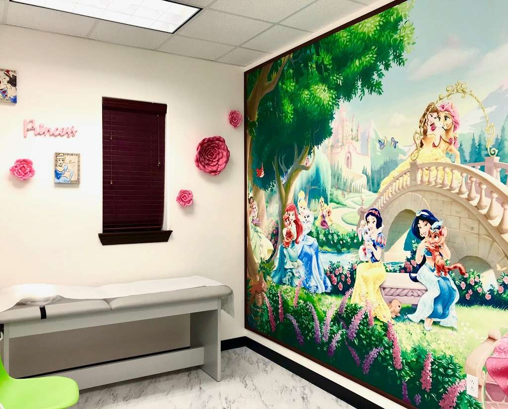 Partners In Care Pediatrics Pearland - doctor  | Photo 8 of 10 | Address: 7918 Broadway St #108, Pearland, TX 77581, USA | Phone: (281) 857-6171