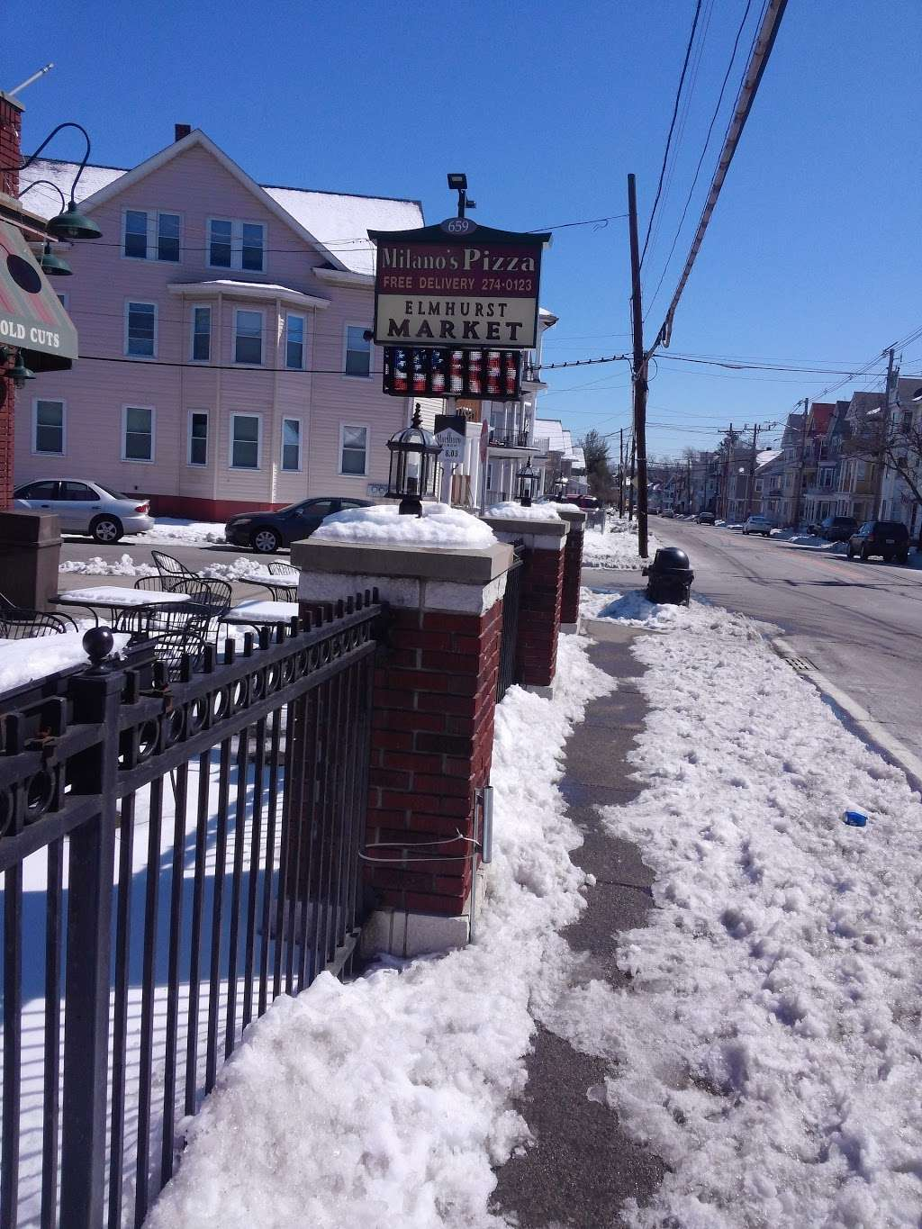 Milanos Pizza - meal delivery  | Photo 10 of 10 | Address: 659 Smith St, Providence, RI 02908, USA | Phone: (401) 274-0123