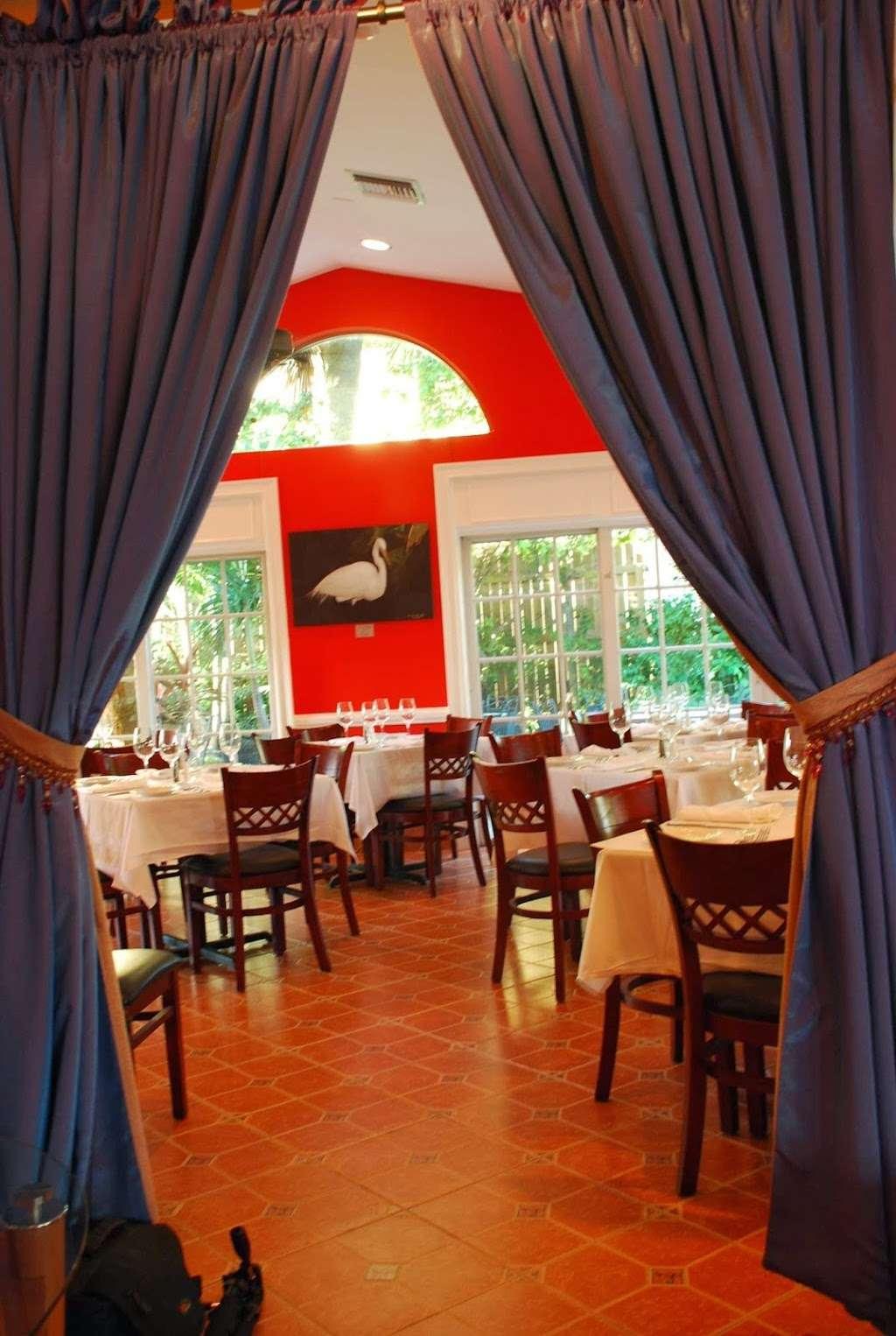 Patio Delray - restaurant    Photo 8 of 10   Address: 800 Palm Trail, Delray Beach, FL 33483, USA   Phone: (561) 279-0880