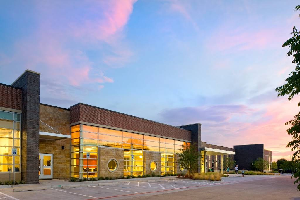 Cozby Library and Community Commons - library  | Photo 1 of 9 | Address: 177 N Heartz Rd, Coppell, TX 75019, USA | Phone: (972) 304-3658