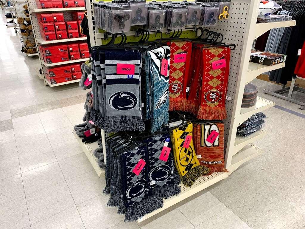 Kmart - shoe store  | Photo 4 of 10 | Address: 1 Parkside Ave, Reading, PA 19609, USA | Phone: (610) 777-7651
