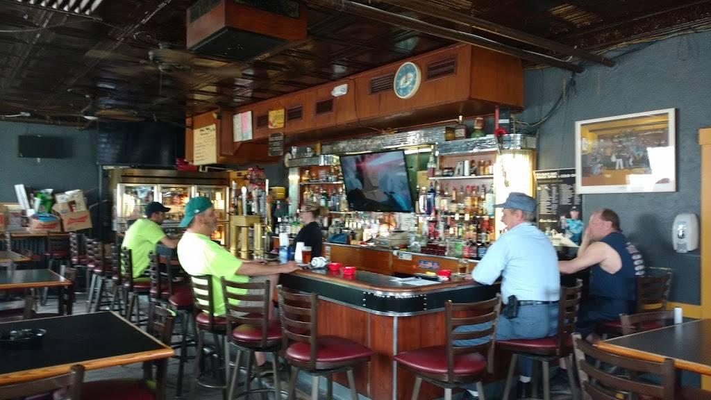Muzzys II - restaurant  | Photo 4 of 10 | Address: 408 2nd Street - Heidelberg, Carnegie, PA 15106, USA | Phone: (412) 276-2331