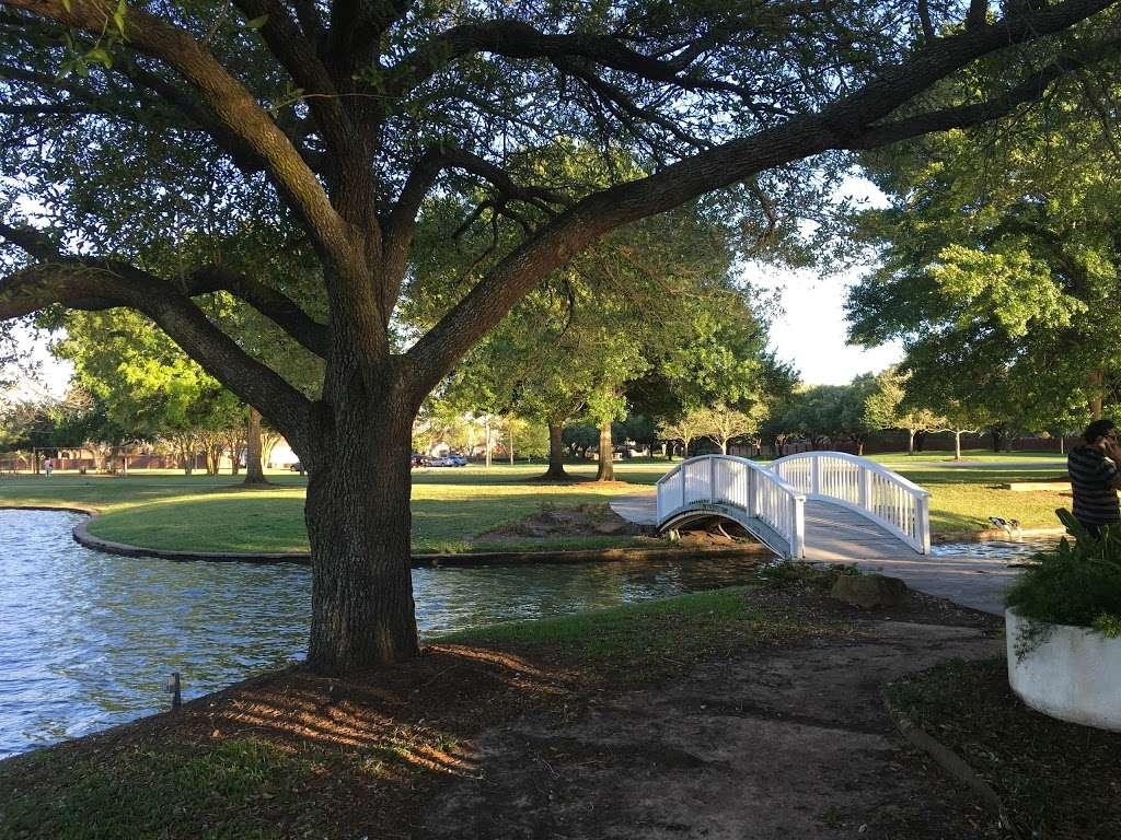 Pecan Park - park  | Photo 5 of 9 | Address: Pecan Orchard Blvd, Sugar Land, TX 77479, USA | Phone: (281) 565-0616