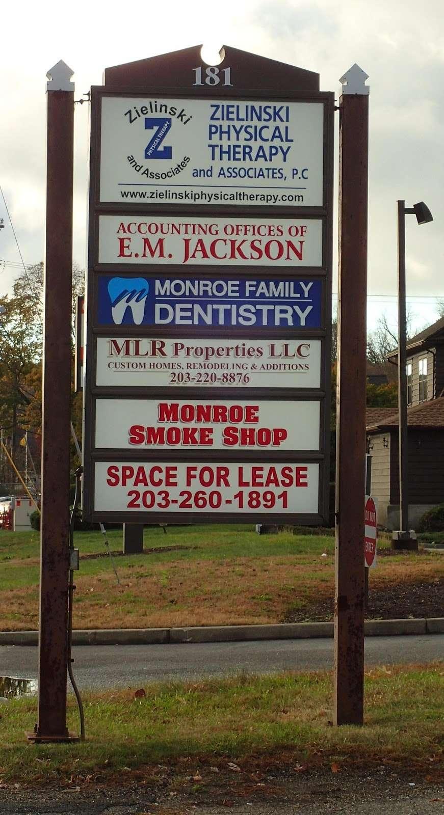 Monroe Family Dentistry - dentist  | Photo 9 of 10 | Address: 181 Main St, Monroe, CT 06468, USA | Phone: (203) 445-8365