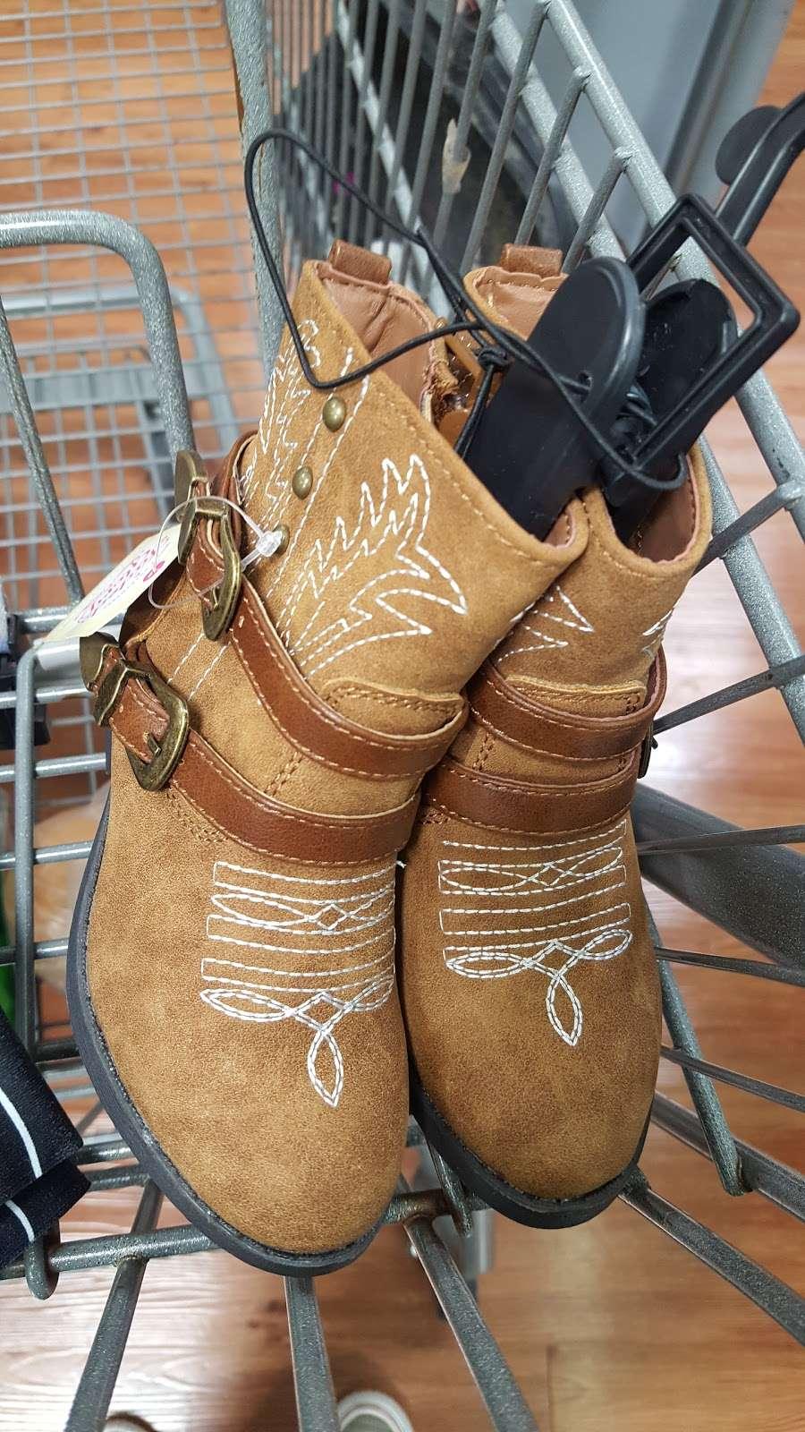 Walmart Supercenter - department store  | Photo 9 of 10 | Address: 115 W, FM 544, Murphy, TX 75094, USA | Phone: (972) 633-0257