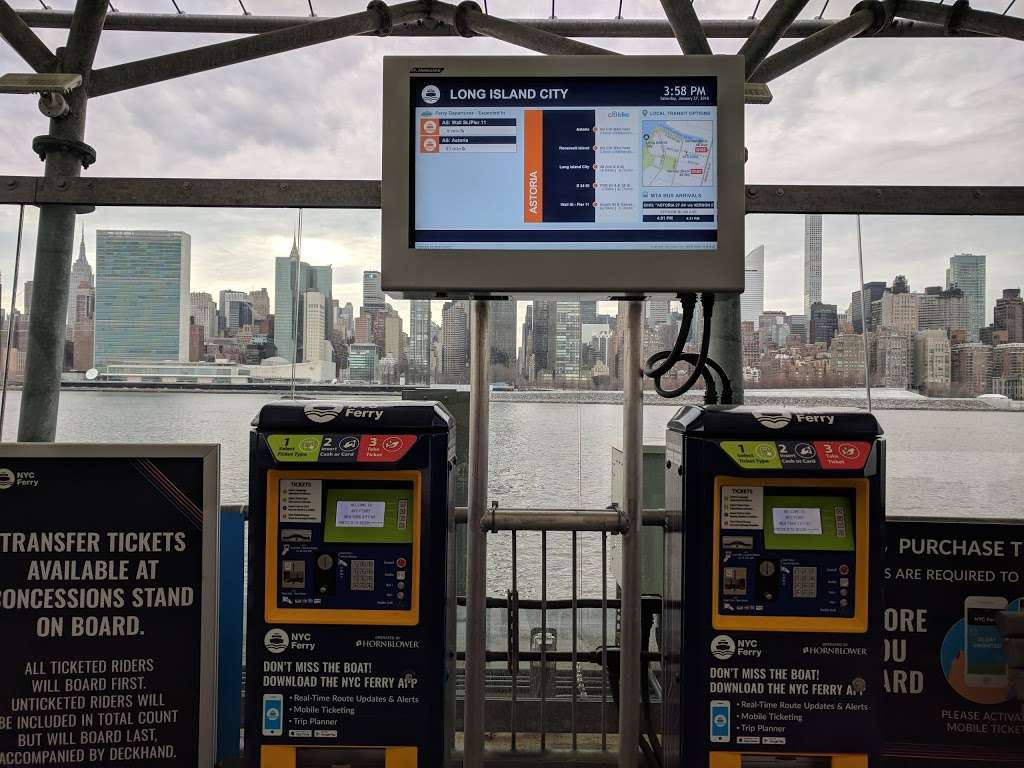 Long Island City Ferry Stop | transit station | Center Blvd & 46th Ave, Long Island City, NY 10044, USA