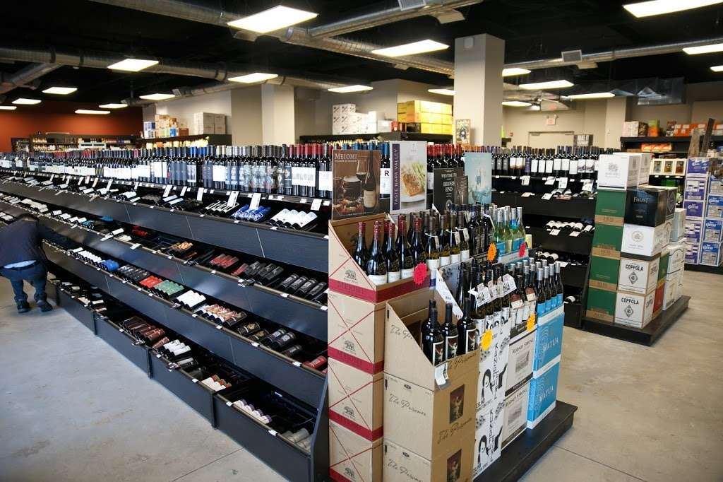 Wesmont Wines - store  | Photo 3 of 10 | Address: 611 Avalon Drive, Wood-Ridge, NJ 07075, USA | Phone: (201) 728-4528