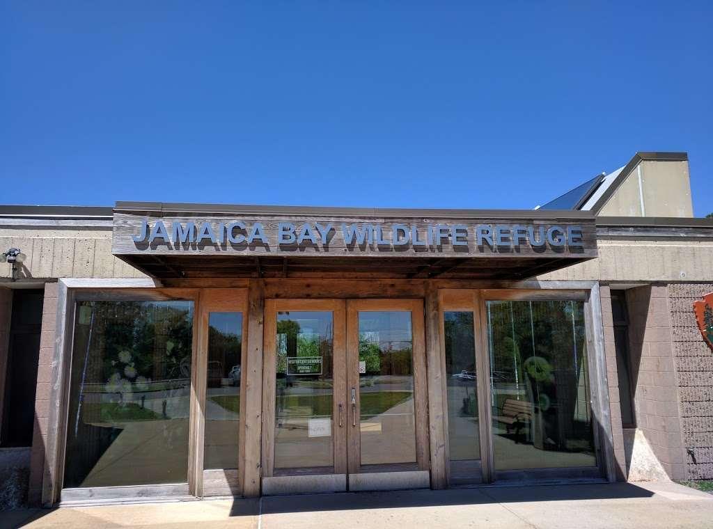 Jamaica Bay Wildlife Refuge Visitor Center - travel agency  | Photo 1 of 10 | Address: 175-10 Cross Bay Blvd, Broad Channel, NY 11693, USA | Phone: (718) 318-4340