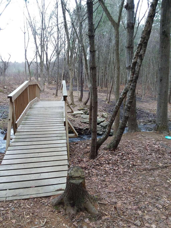 Dacey Community Field - park  | Photo 7 of 10 | Address: Lincoln Street, Franklin, MA 02038, USA | Phone: (508) 520-4909