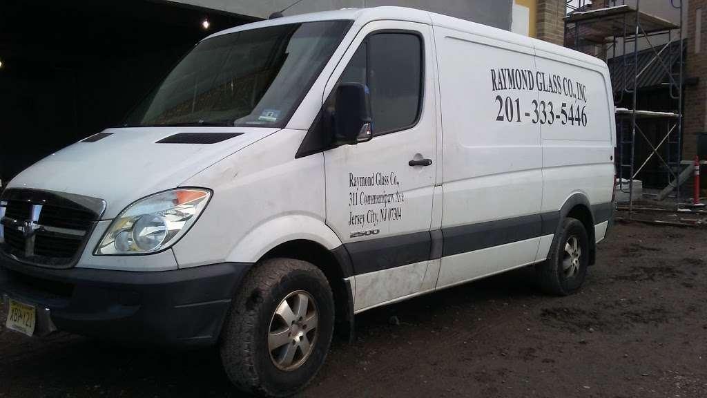Raymond Glass Co Inc - car repair  | Photo 6 of 10 | Address: 311 Communipaw Ave, Jersey City, NJ 07304, USA | Phone: (201) 333-5446