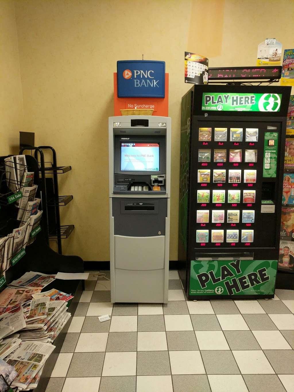 QuickChek - convenience store  | Photo 7 of 10 | Address: 15 Gill Ln, Iselin, NJ 08830, USA | Phone: (732) 636-9564