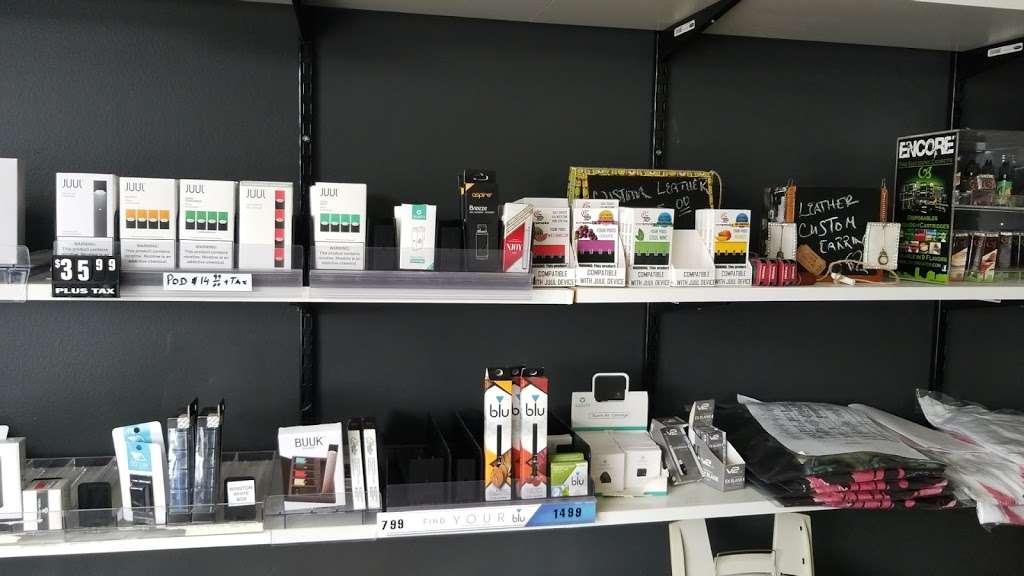 Butterfield Pantry - convenience store  | Photo 6 of 10 | Address: 22W535 Butterfield Rd # 7, Glen Ellyn, IL 60137, USA | Phone: (630) 858-3350