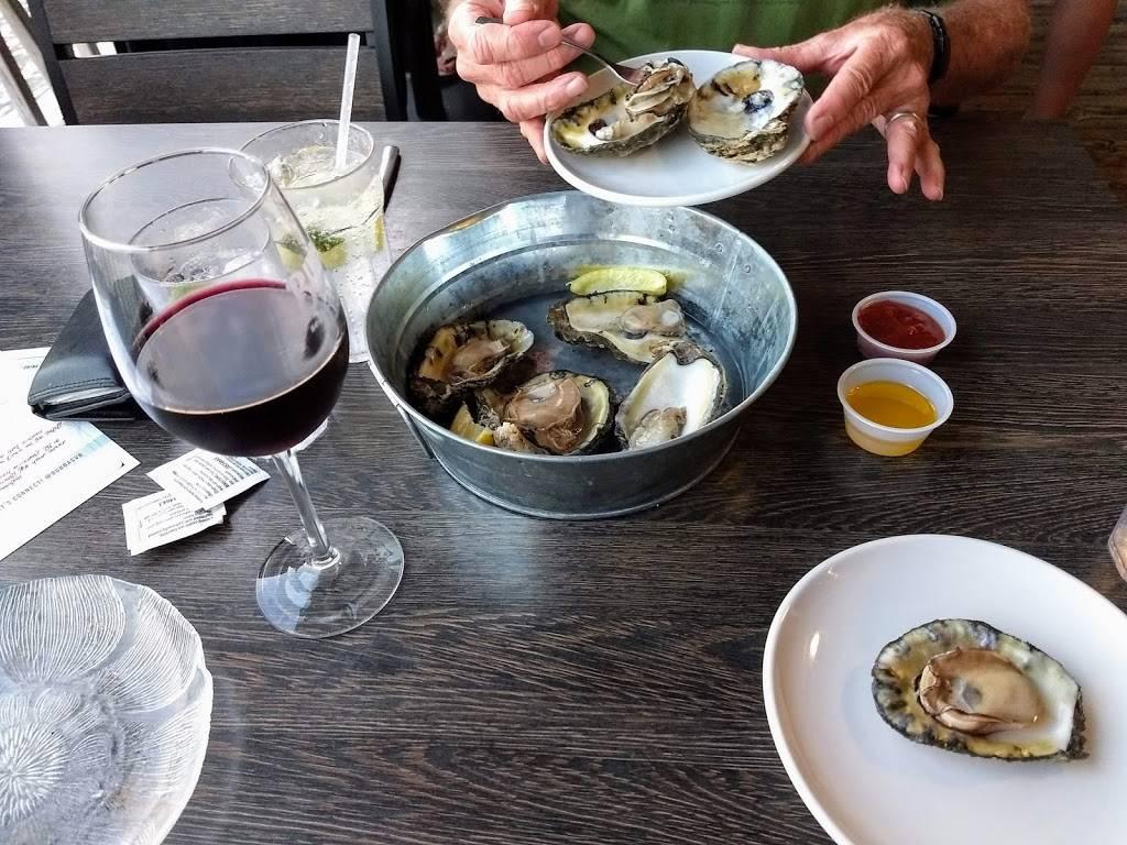 Bubbas Seafood Restaurant and Crabhouse - restaurant  | Photo 8 of 9 | Address: 3323 Shore Dr, Virginia Beach, VA 23451, USA | Phone: (757) 481-3513