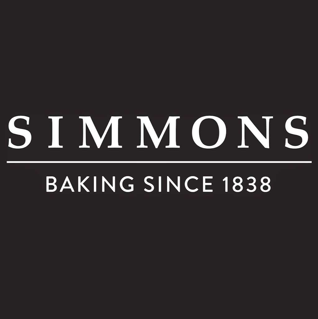 Simmons Bakers - bakery  | Photo 2 of 2 | Address: 51 Dellsome Ln, Welham Green, Hatfield AL9 7DY, UK | Phone: 01707 263843
