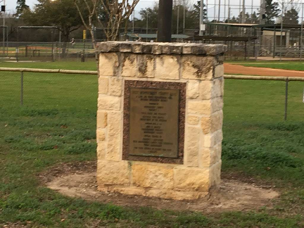 West Montgomery County Park - park    Photo 3 of 10   Address: Montgomery, TX 77356, USA   Phone: (936) 756-0571