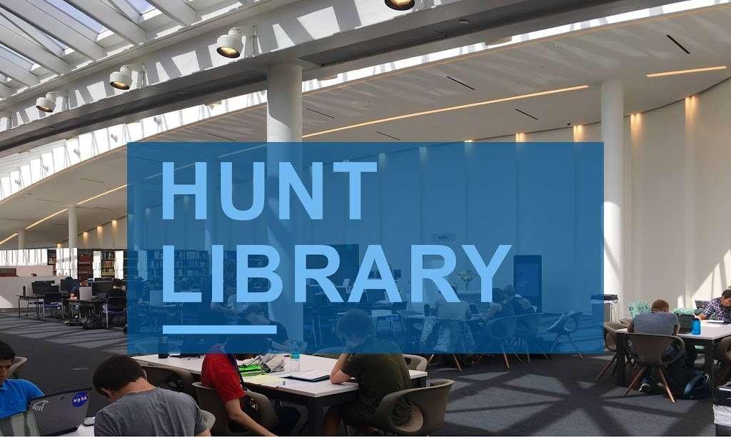 Jack R. Hunt Library - library  | Photo 1 of 10 | Address: 1 Aerospace Blvd, Daytona Beach, FL 32114, USA | Phone: (800) 678-9428