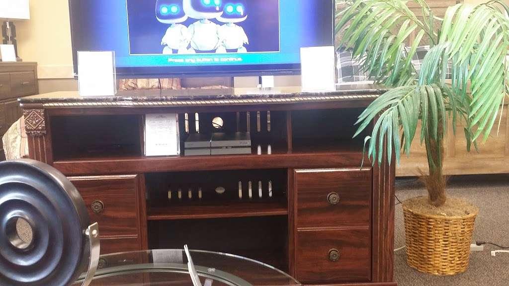 Rent A Center Electronics Store 360 Rt 211 E Ste 104