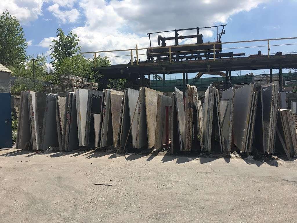 Sunny Stone - furniture store  | Photo 5 of 10 | Address: 1066 Zerega Ave, Bronx, NY 10462, USA | Phone: (718) 828-9888