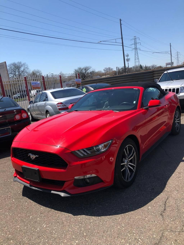 Julian Auto Sales - car dealer  | Photo 3 of 9 | Address: 5785 E 8 Mile Rd #2845, Warren, MI 48091, USA | Phone: (586) 759-2222