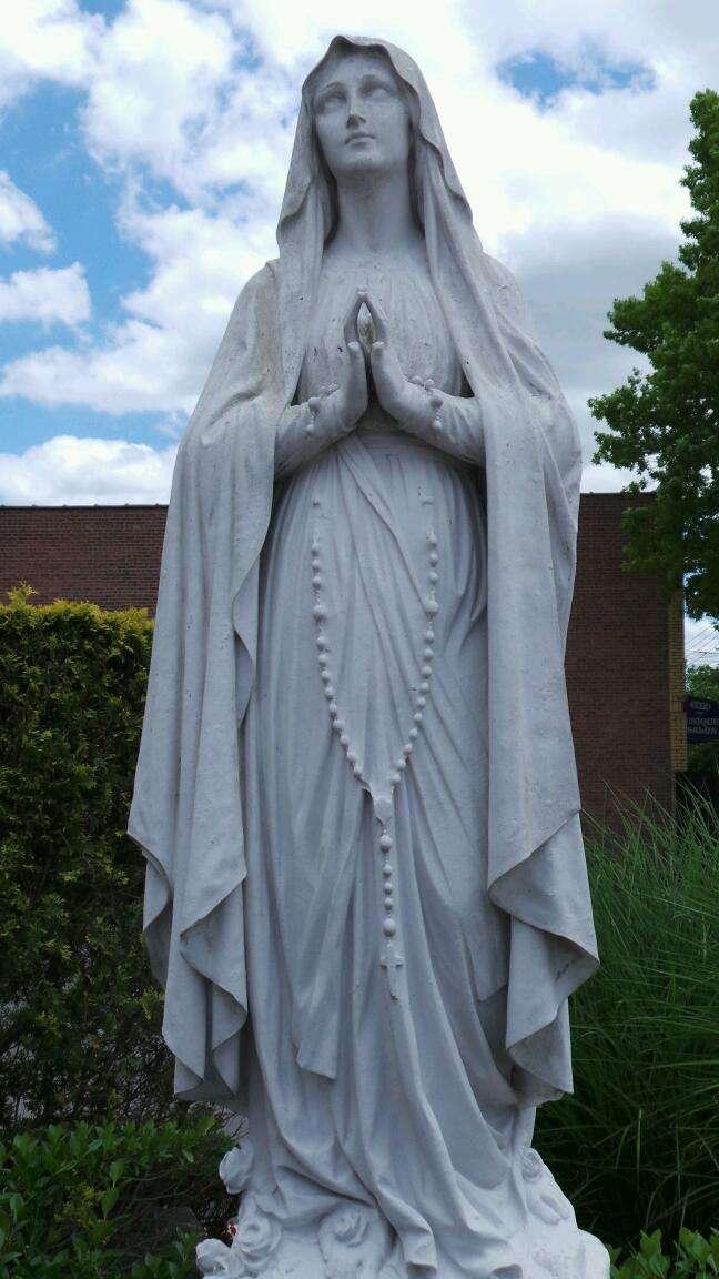 Holy Rosary Church - church    Photo 6 of 10   Address: 1510 Adee Ave, Bronx, NY 10469, USA   Phone: (718) 379-4432