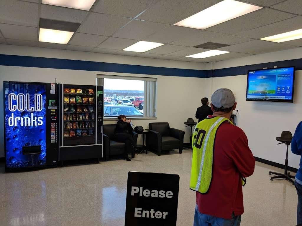 Copart - Dallas - car dealer  | Photo 4 of 10 | Address: 505 Idlewild Rd Building 1, Grand Prairie, TX 75051, USA | Phone: (972) 263-2711