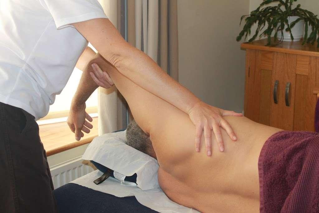 Orange Therapies - health  | Photo 5 of 10 | Address: Copthorne Rd, Copthorne, Crawley RH10 3SQ, UK | Phone: 07941 711092