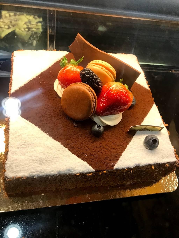 85°C Bakery Cafe - bakery  | Photo 3 of 9 | Address: 672 Barber Ln, Milpitas, CA 95035, USA | Phone: (408) 432-8585