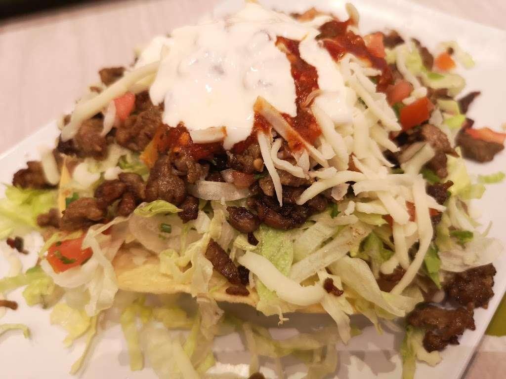 La Fondita Taqueria - restaurant  | Photo 1 of 10 | Address: 630 Park Ct, Rohnert Park, CA 94928, USA | Phone: (707) 588-7311