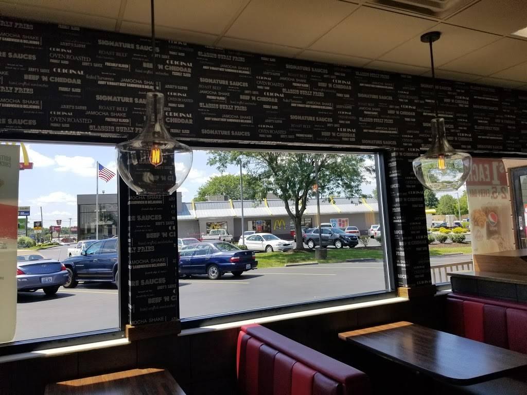 Arbys - meal takeaway  | Photo 7 of 10 | Address: 11488 Preston Hwy, Louisville, KY 40229, USA | Phone: (502) 968-9688
