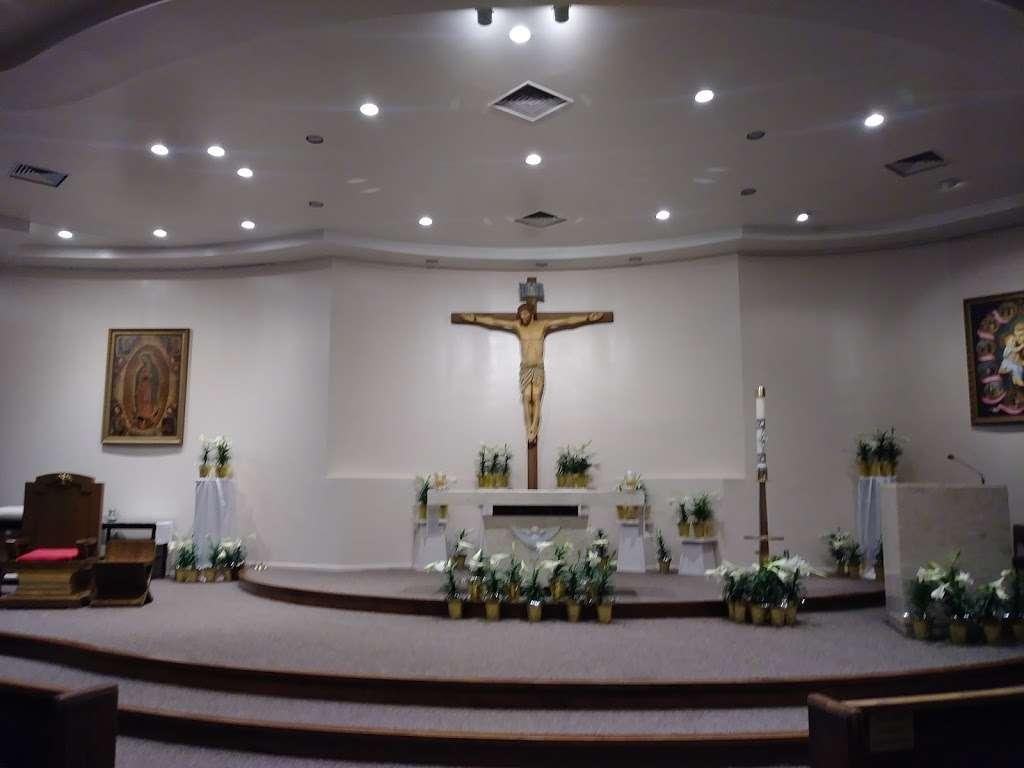 Holy Spirit Catholic Church - church  | Photo 7 of 10 | Address: 8134 Blanco Rd, San Antonio, TX 78216, USA | Phone: (210) 341-1395