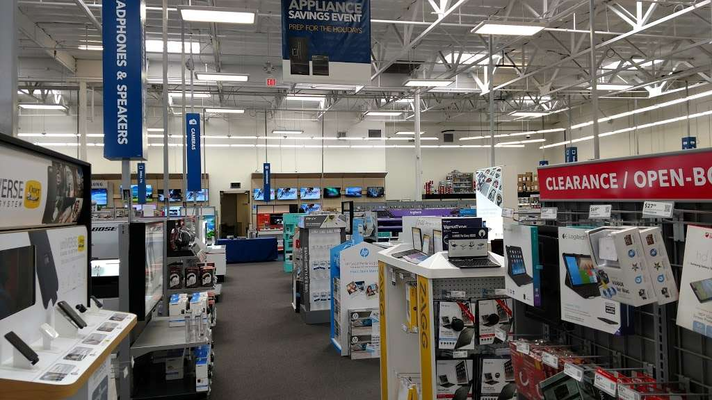 Best Buy - electronics store  | Photo 5 of 10 | Address: 123 E Orangefair Mall, Fullerton, CA 92832, USA | Phone: (714) 447-7939