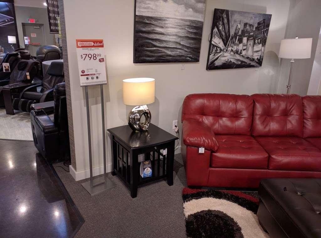L Fish Furniture - furniture store    Photo 8 of 10   Address: 8401 E Washington St, Indianapolis, IN 46219, USA   Phone: (317) 897-8401