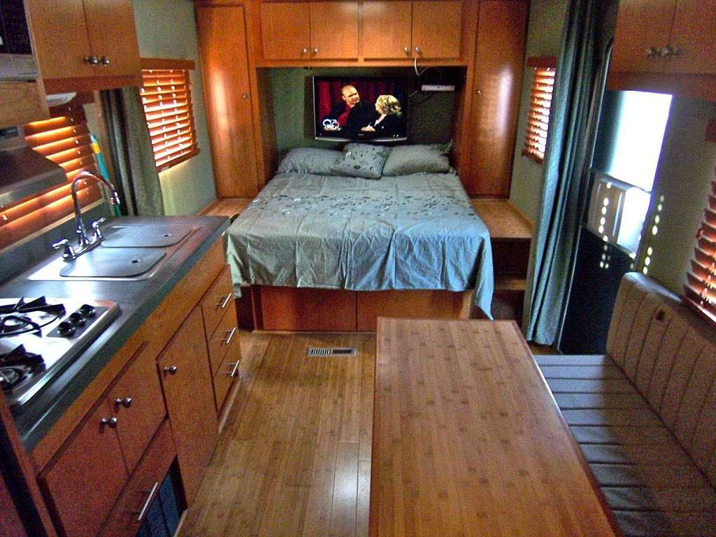 Tommys Custom Coach Works - car repair    Photo 2 of 10   Address: 3048 Moore St, San Diego, CA 92110, USA   Phone: (619) 497-1007