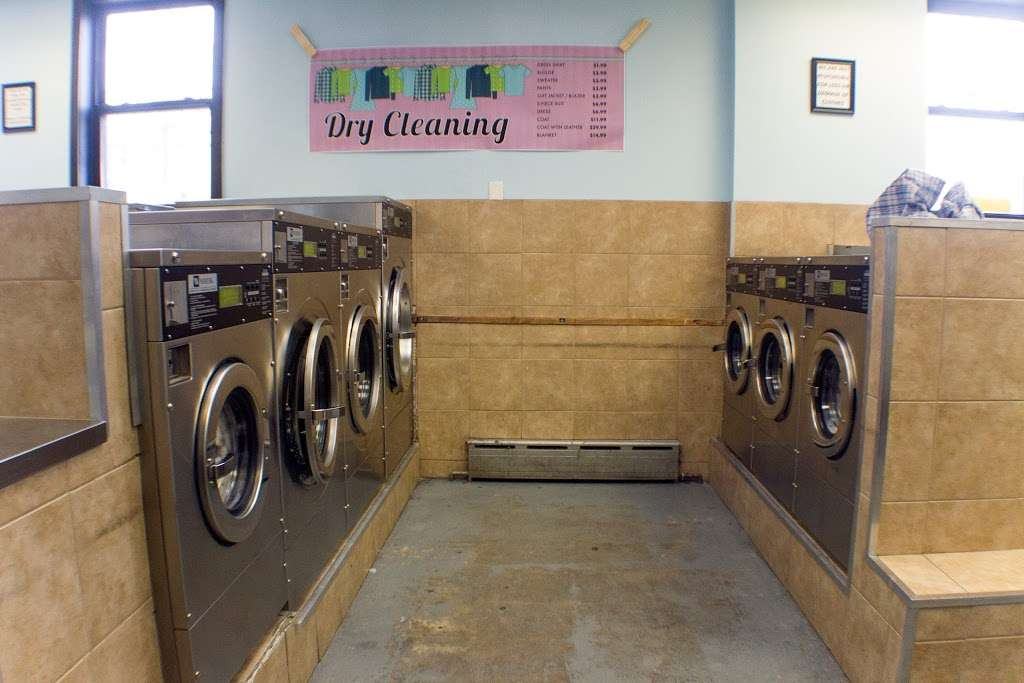 Senor Bubbles Laundromat & Dry Cleaner - laundry  | Photo 10 of 10 | Address: 456 Baldwin Ave, Jersey City, NJ 07306, USA | Phone: (201) 656-3471