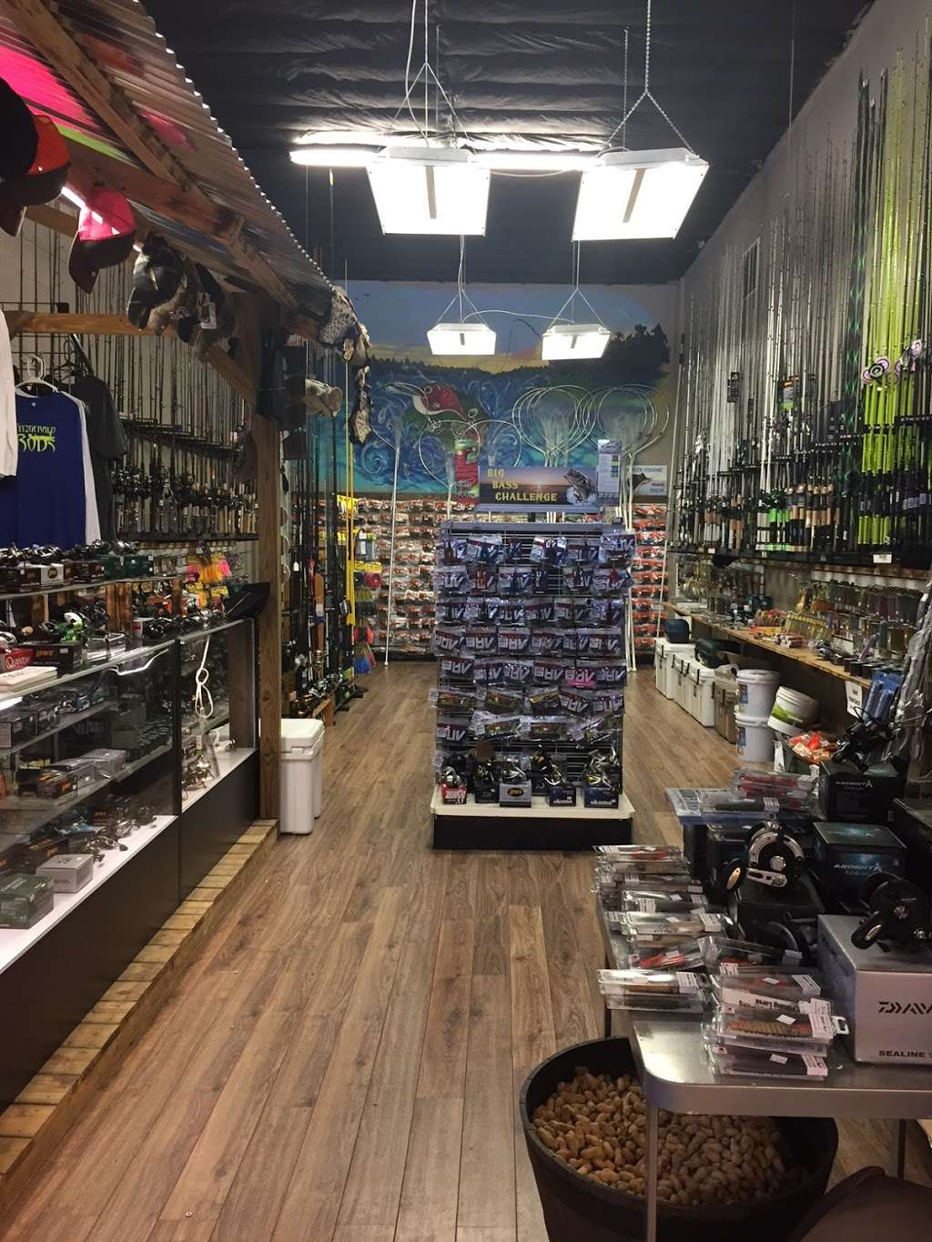Tackle Pro - store  | Photo 2 of 10 | Address: 1520 S. State Road 15-A, DeLand, FL 32720, USA | Phone: (386) 740-7117